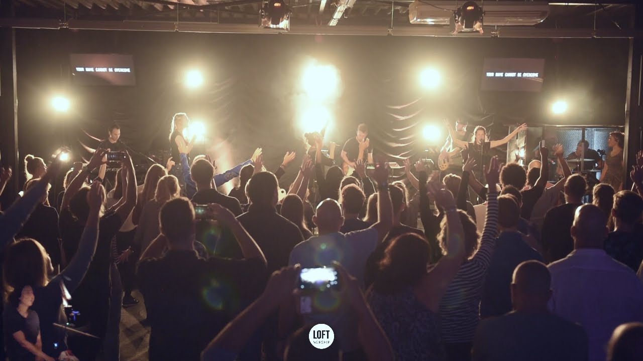 Tremble | Ft. Sanne Paas | Loft Worship (met Gebarentolk)