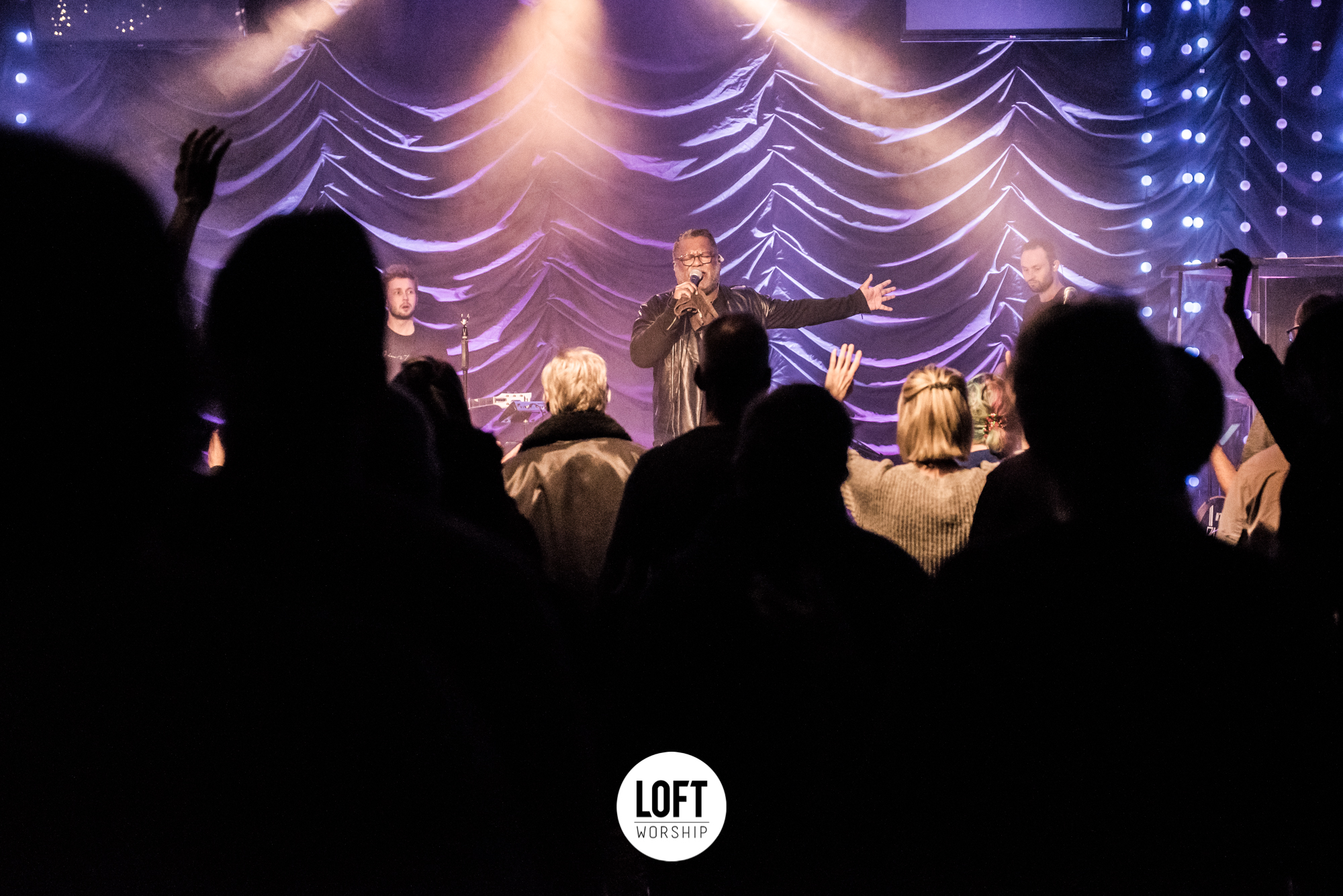 Loft Worship Night 20 December Met Abraham Laisina