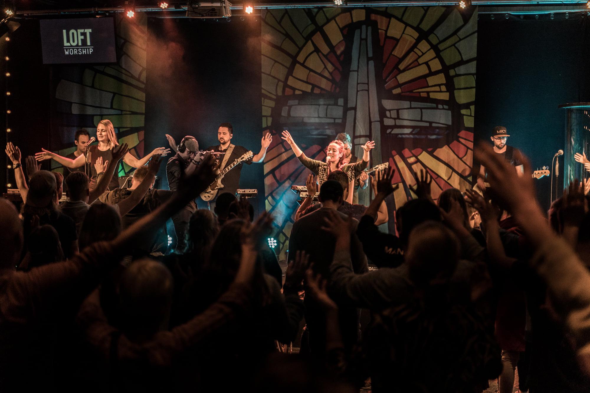 Loft Worship Night   KOESTER JE DROMEN